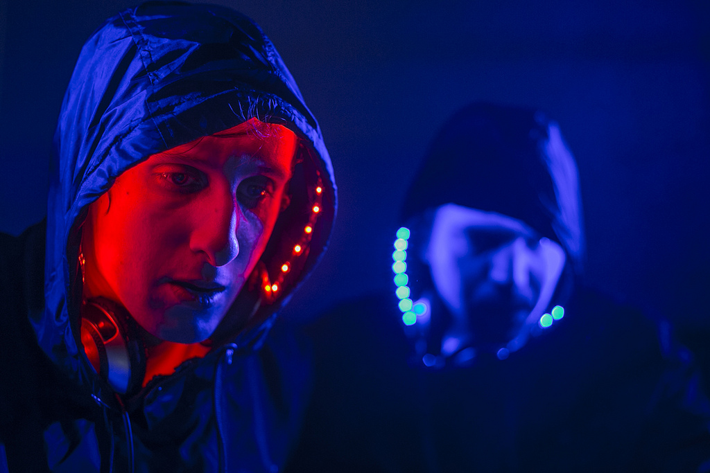 """Frikstailers Unleash Their Mystical Alter Egos for Comunité With """"Fehl"""""""