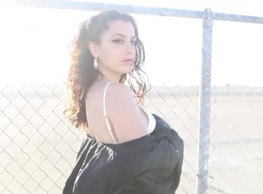 "La Favi's ""No Eres Bueno"" Video is Reggaeton for Sad Girls"