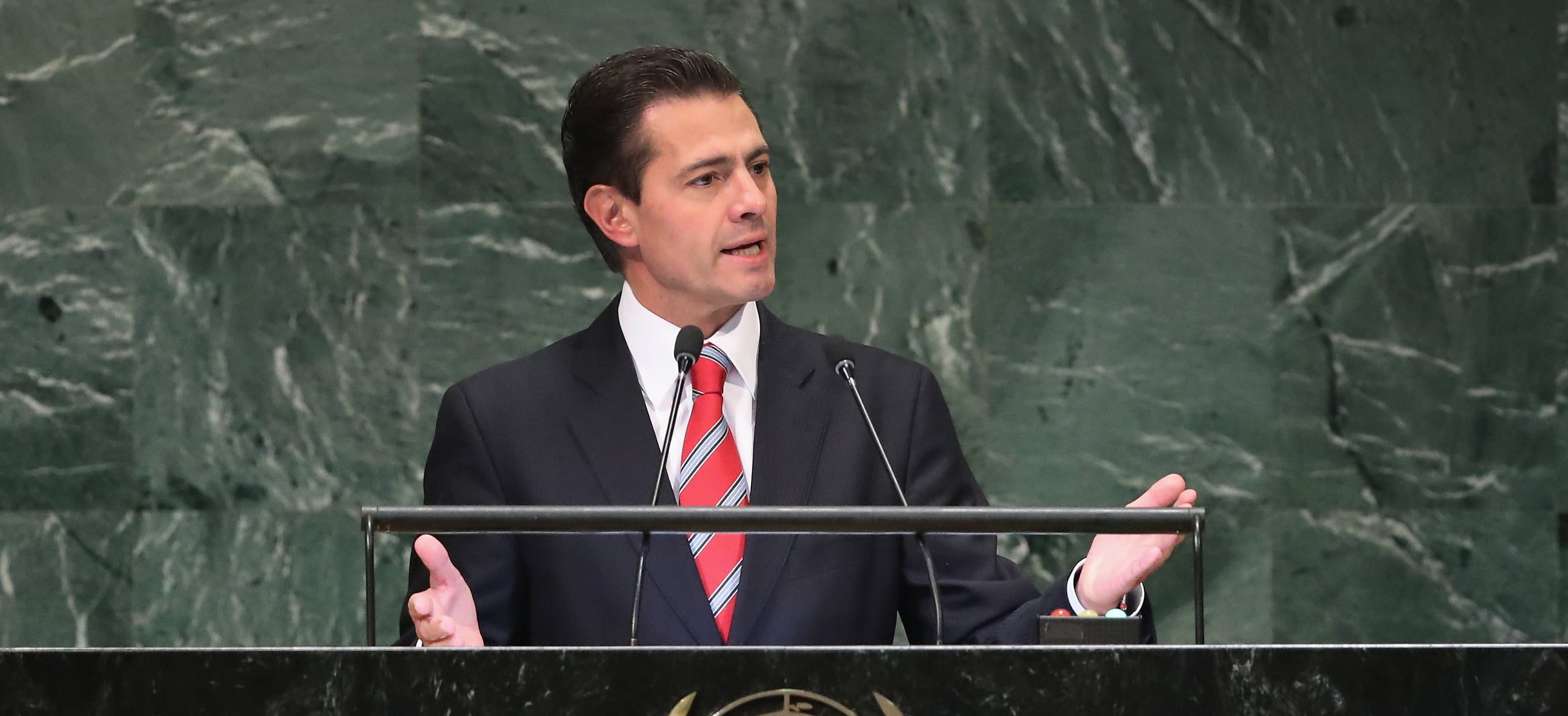 People Are Accusing EPN & Family of Taking Everything From Presidential Residence