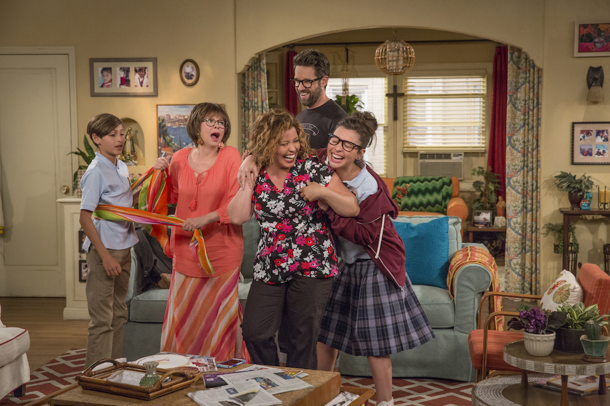 This Is What Happened When 5 Cubanas Sat Down to Watch Netflix's 'One Day at a Time'