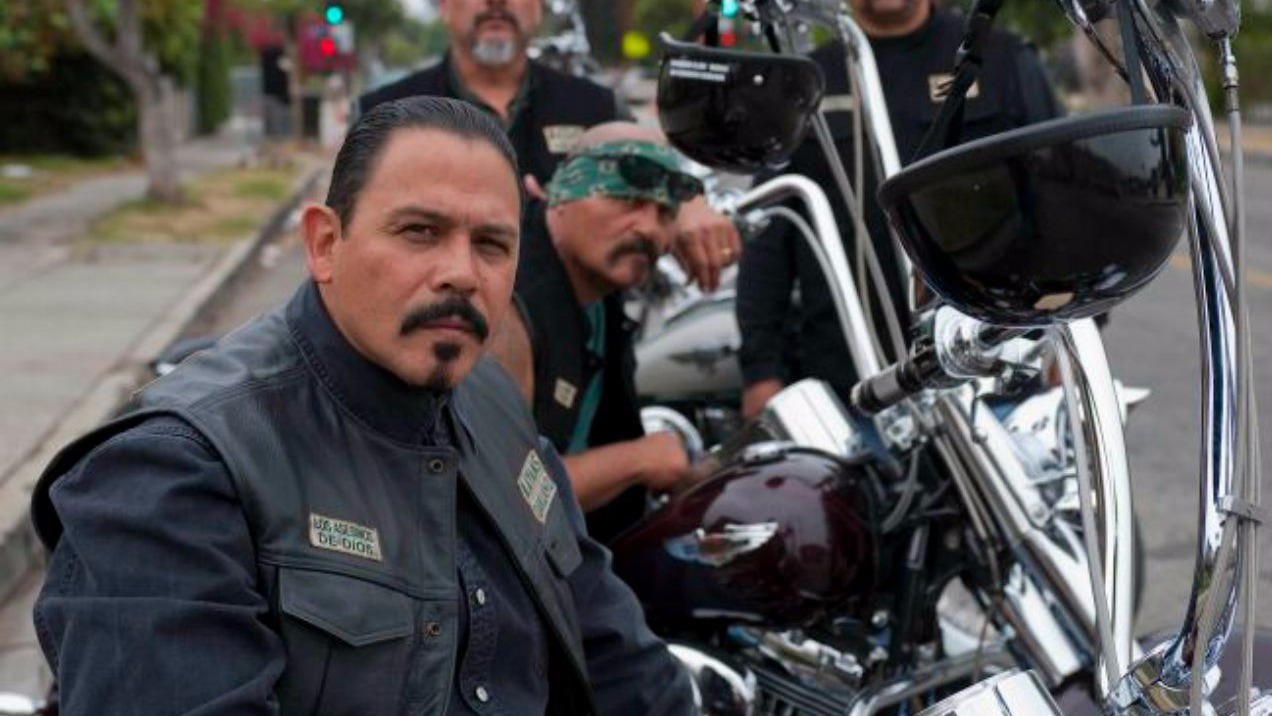 first teaser for 39 sons of anarchy 39 spinoff 39 mayans mc 39 is here. Black Bedroom Furniture Sets. Home Design Ideas