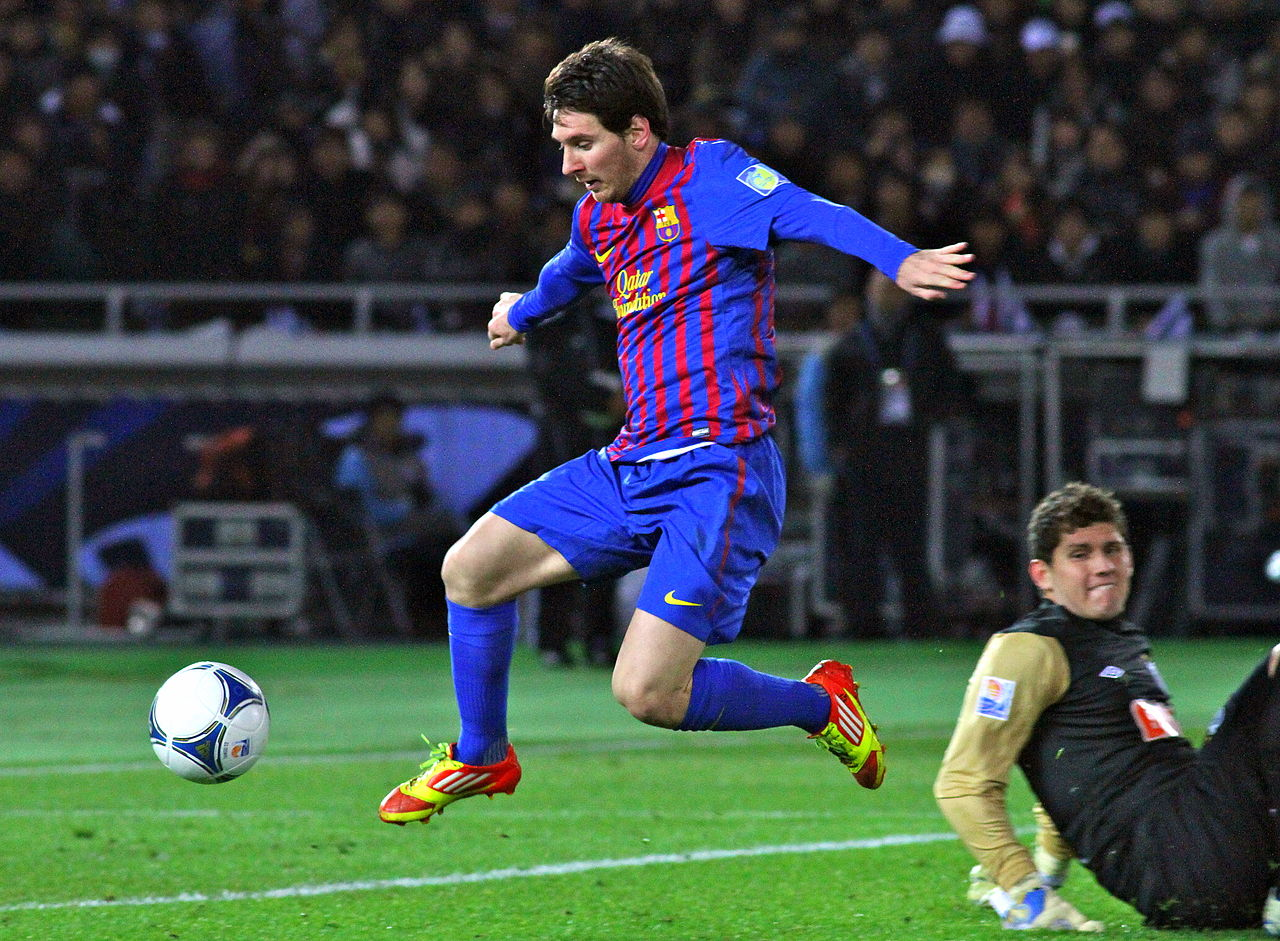 El Clasico Recap: A Bloodied Lionel Messi Downs Real Madrid with Two Wonder Goals