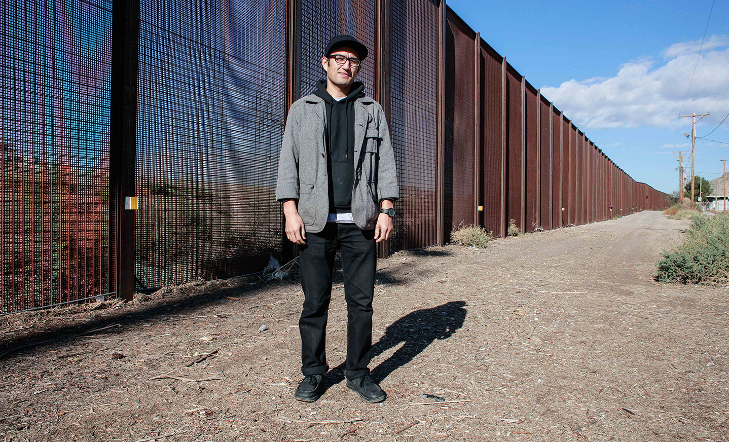 """""""The river holds our history"""": Artist Zeke Peña Traces the Rio Grande's Place in Fronterizo Identity"""