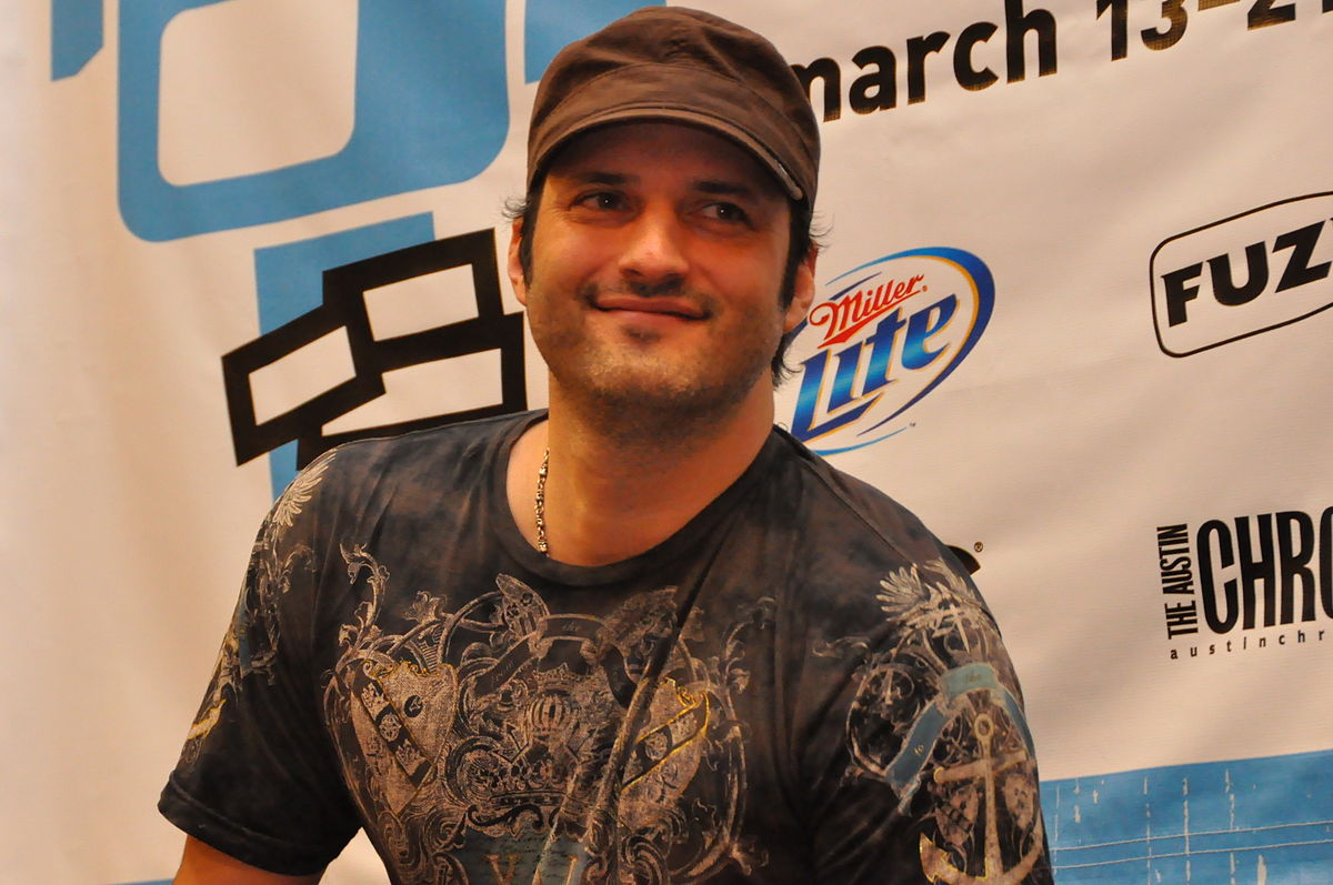 Robert Rodriguez's New Series 'Rebel Without a Crew' Offers Cash for Indie Film Projects
