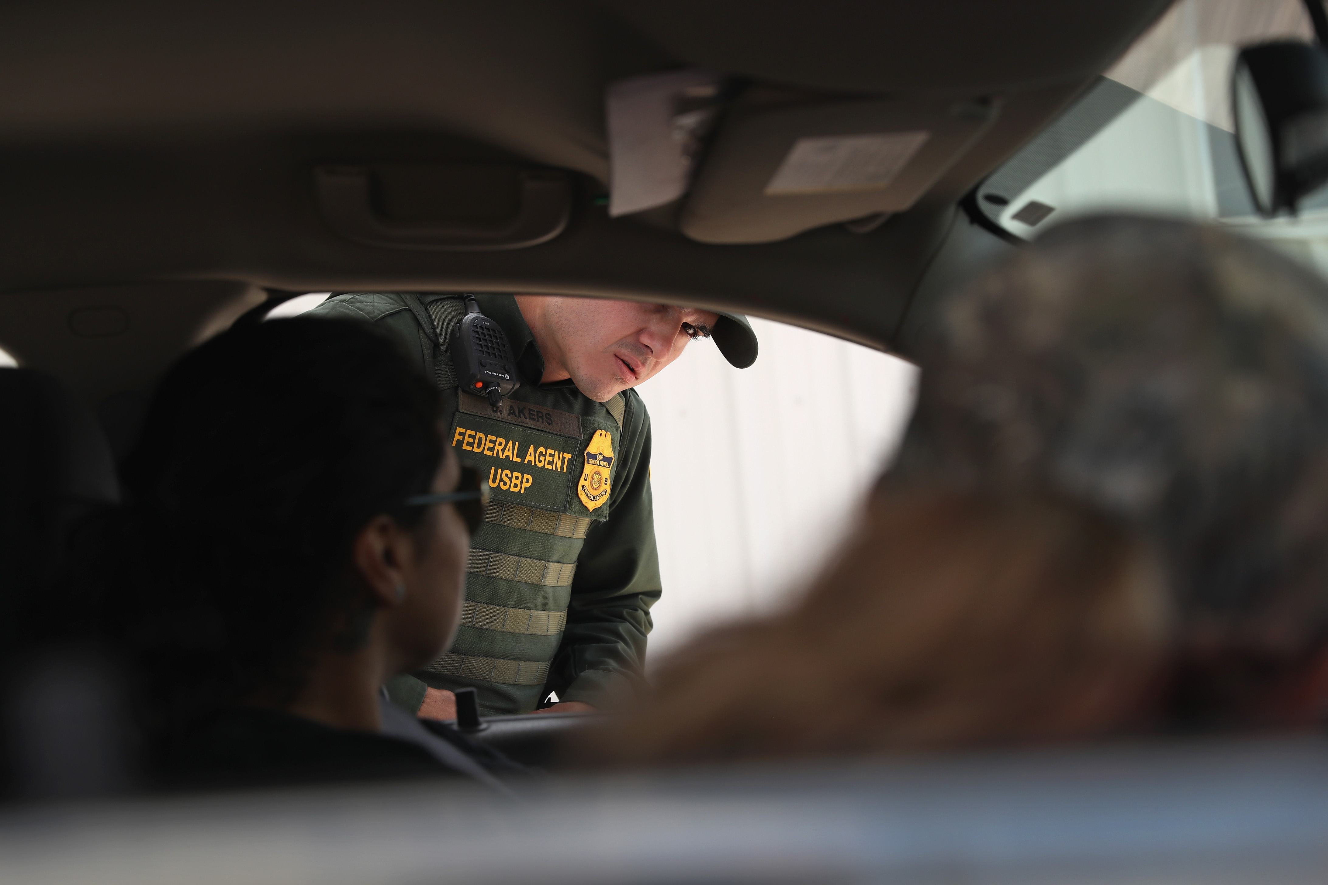 Border Patrol Held Two US Citizens Just For Speaking Spanish