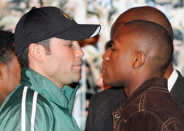 Explaining Floyd Mayweather and Oscar De La Hoya's Petty, Decade-Long Beef