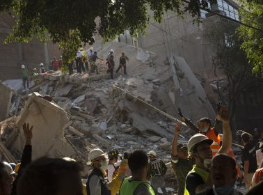 Chivas & Atlas Fans Proved There Are Bigger Things Than Sports by Uniting to Help Earthquake Victims