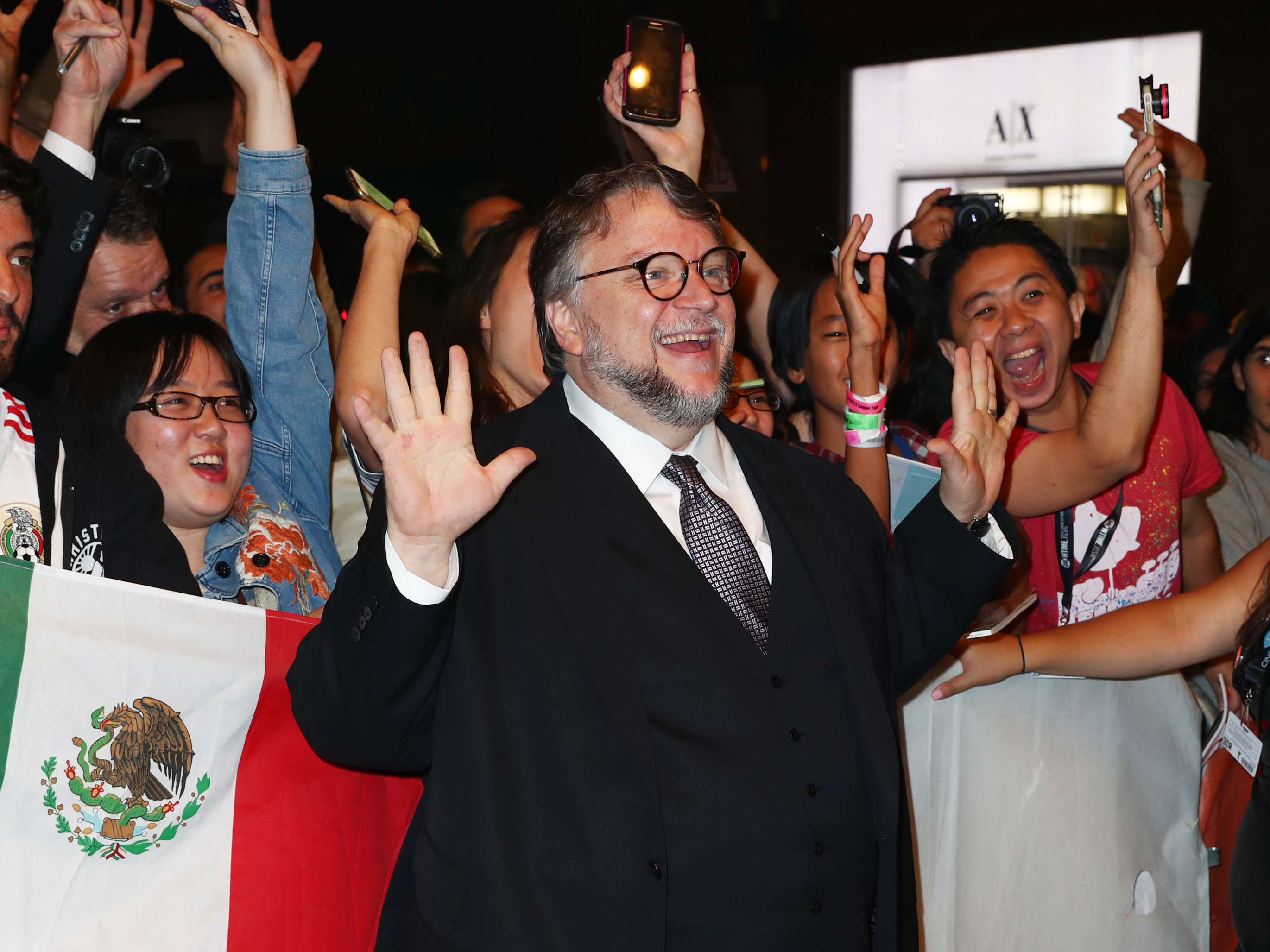 Guillermo del Toro Really Wants to Make a Movie in Mexico