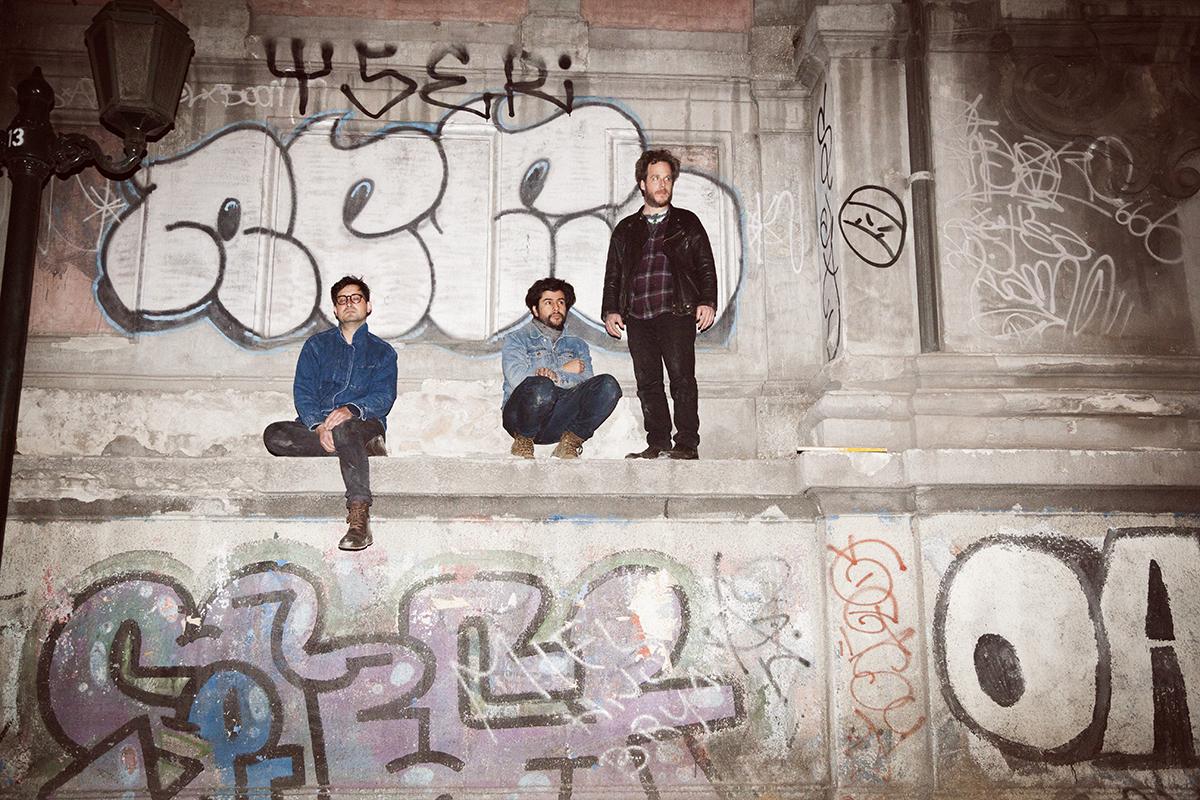 Protistas' Melancholy Jangle Pop Gets a Sunny Makeover on New Album 'Microonda'