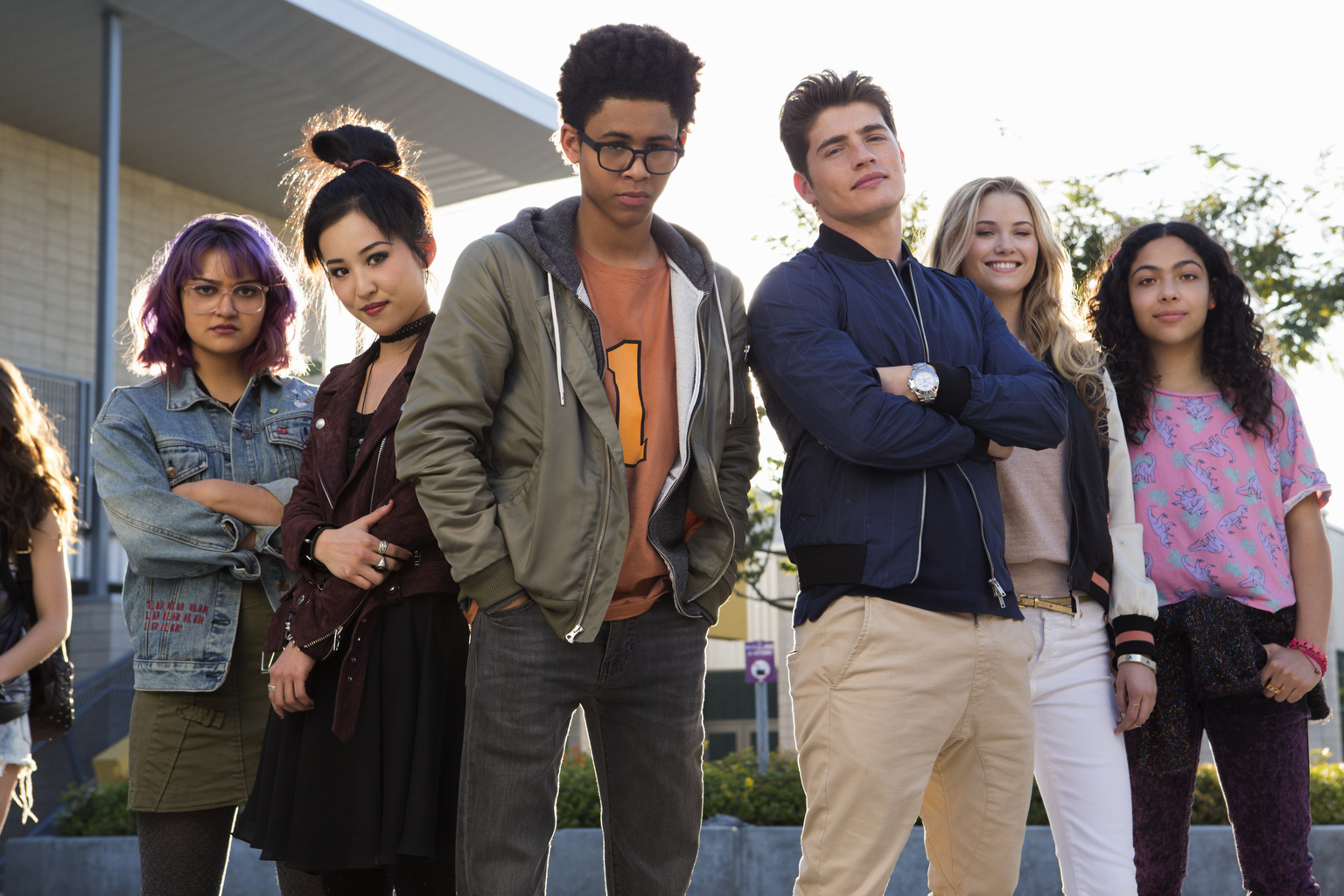 TRAILER: Here's Your First Look at the Young, Diverse Cast in Marvel's 'Runaways' Series
