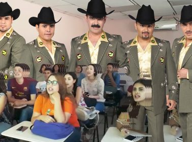 """This Mexican Teacher Translated the Lyrics to """"La Chona"""" to Help Her Students Learn English"""