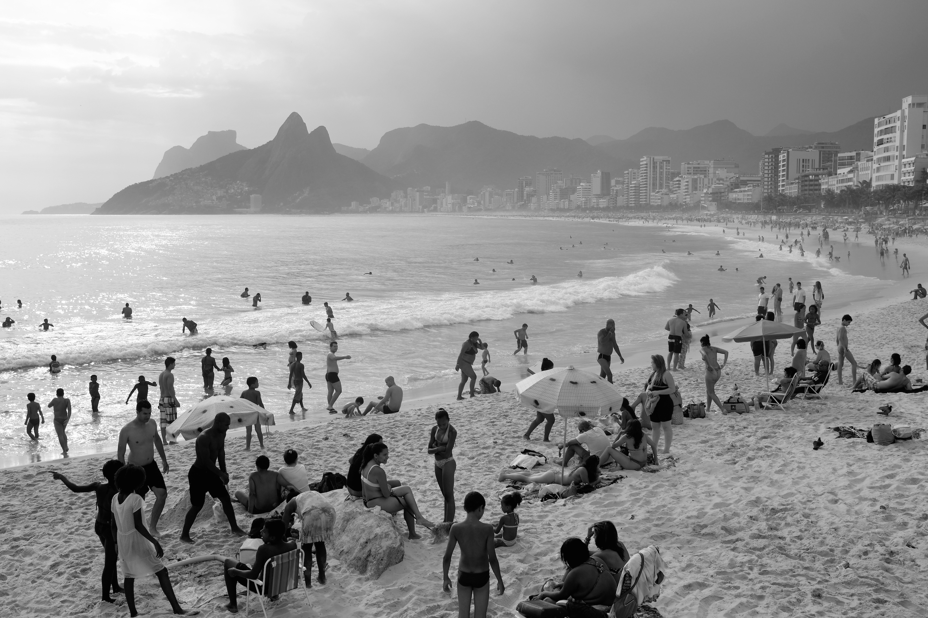 New Netflix Series Is Set in 1950s Rio de Janeiro During Birth of Bossa Nova