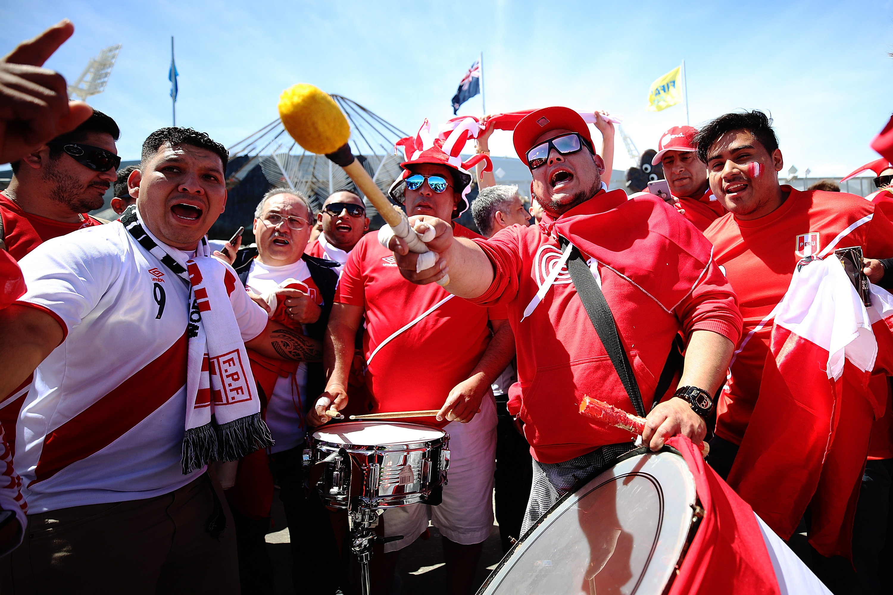 The 36 Happiest Tweets About Peru Qualifying For Its First World Cup in 36 Years