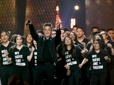 Alejandro Sanz's Latin Grammys Performance With DREAMers Brought Everyone to Tears