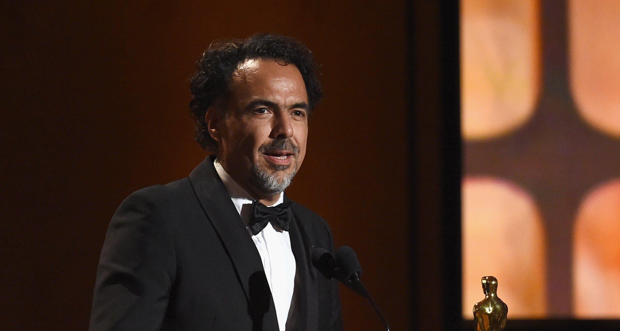 What It's Like to Cross the Sonoran Desert in Alejandro Gonzalez Iñarritu's Virtual Reality Film 'Carne y Arena'