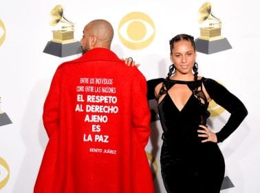 Swizz Beatz Wore a Benito Juárez Quote on His Coat at the 2018 Grammys