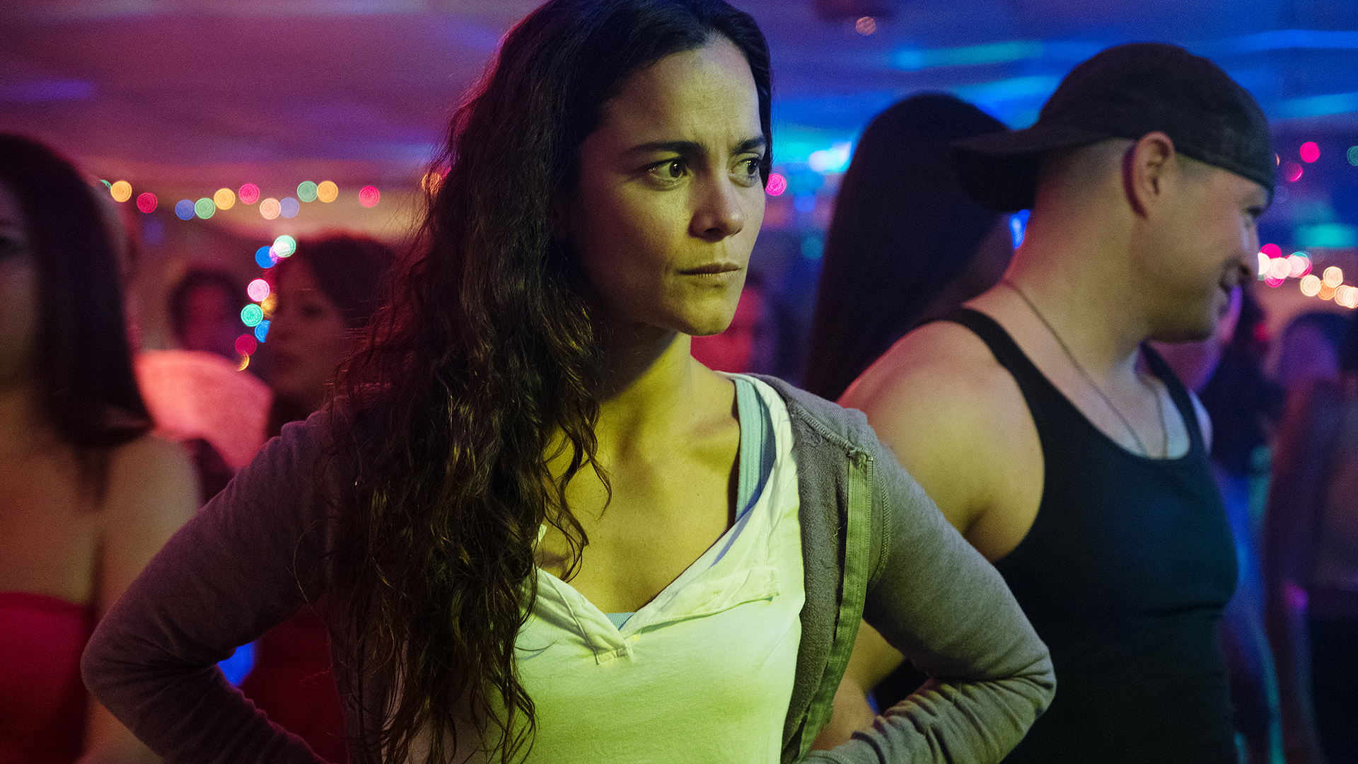 free download queen of the south season 3 episode 1