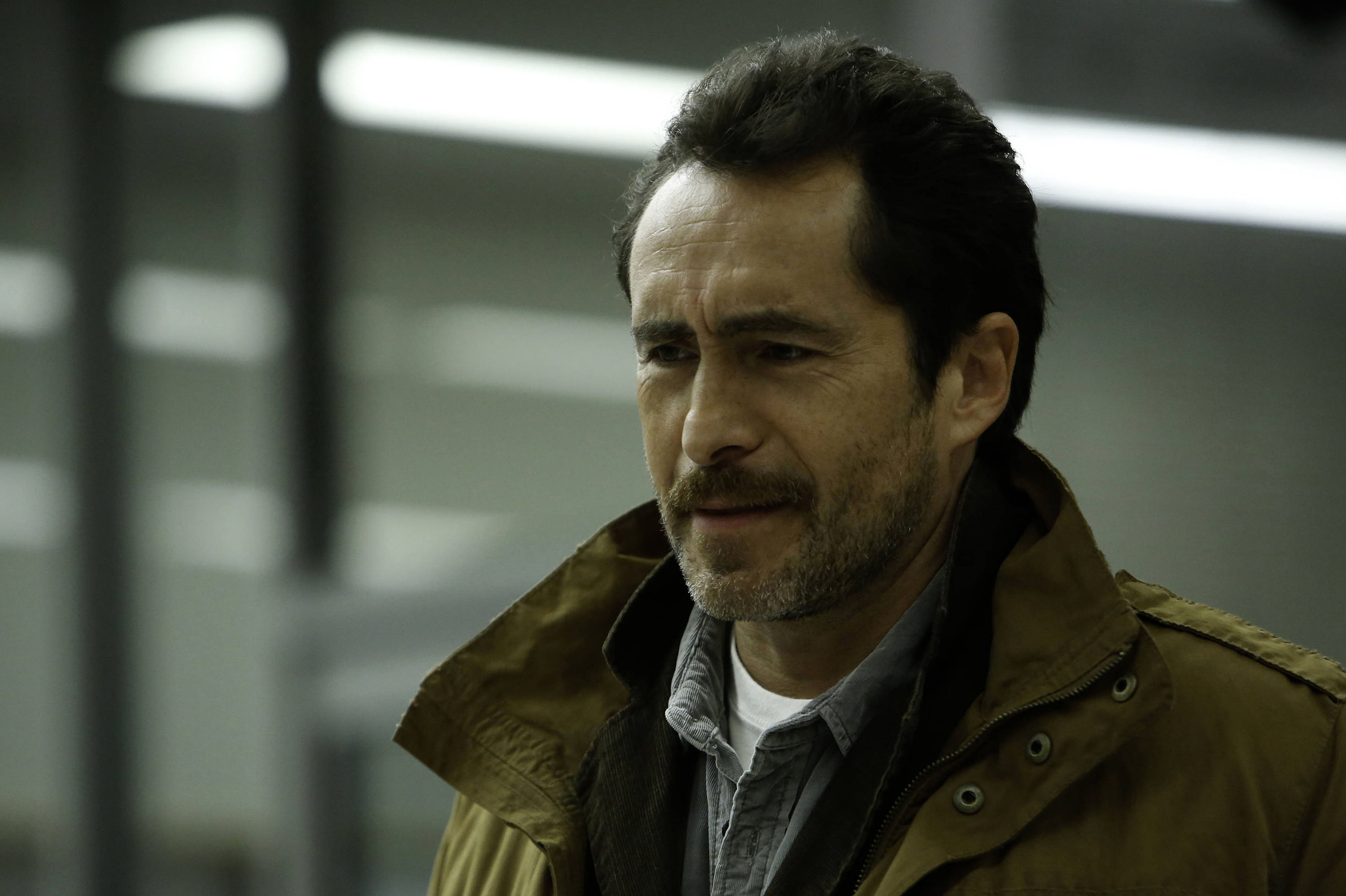 In Op-Ed, Actor Demian Bichir Urges Trump Administration: Stop Using Kids As Human Shields