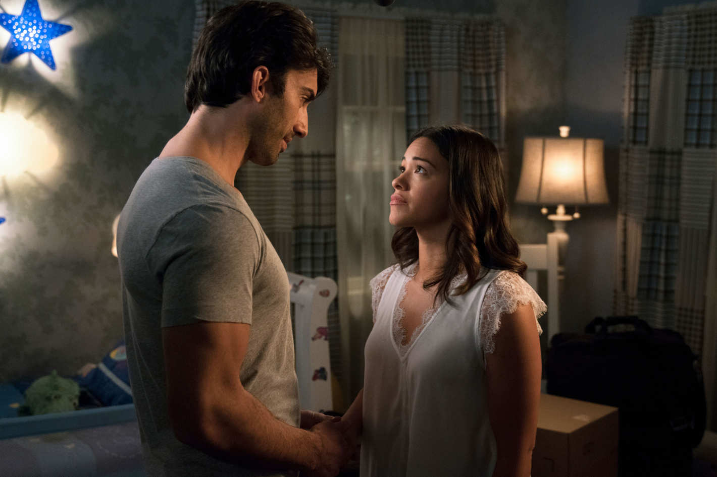 'Jane the Virgin' Fans Lose Their Mind on Twitter After Shocking Season Finale