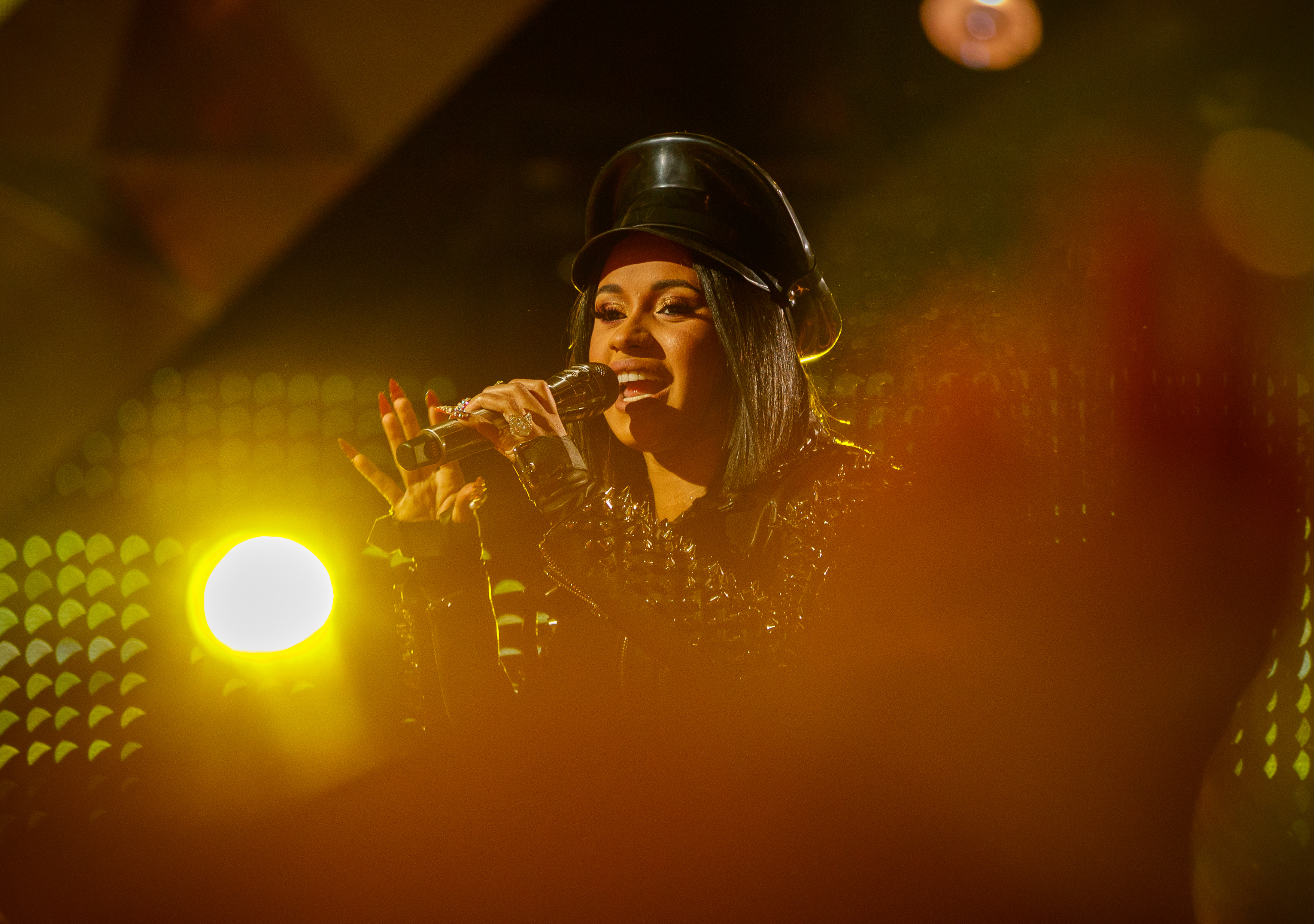 "Cardi B on Meeting Beyoncé: ""I wanted to sh*t on myself"""