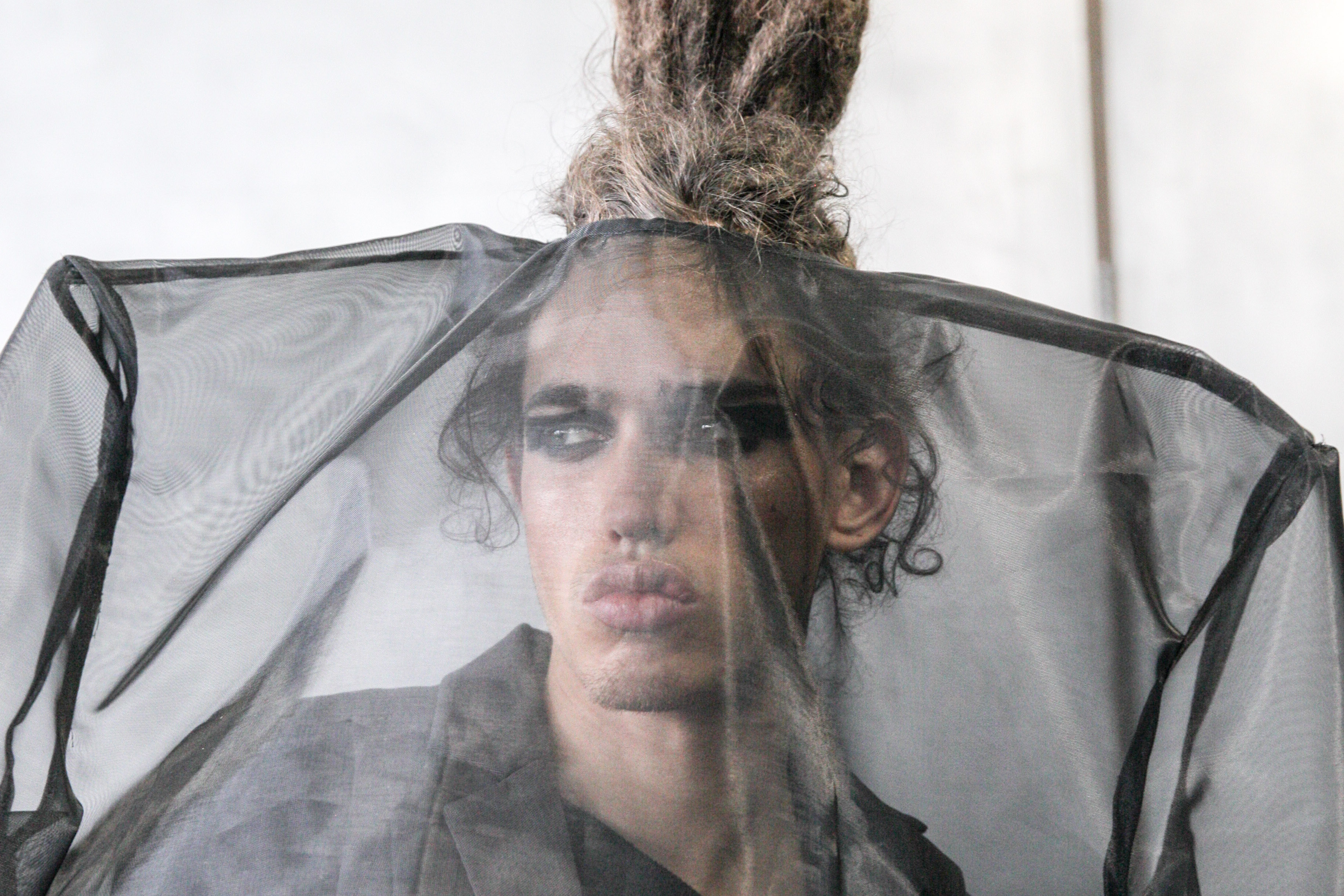 With Luar, Raul Lopez Is Bringing Us a Futuristic Vision of Inner-City Fashions