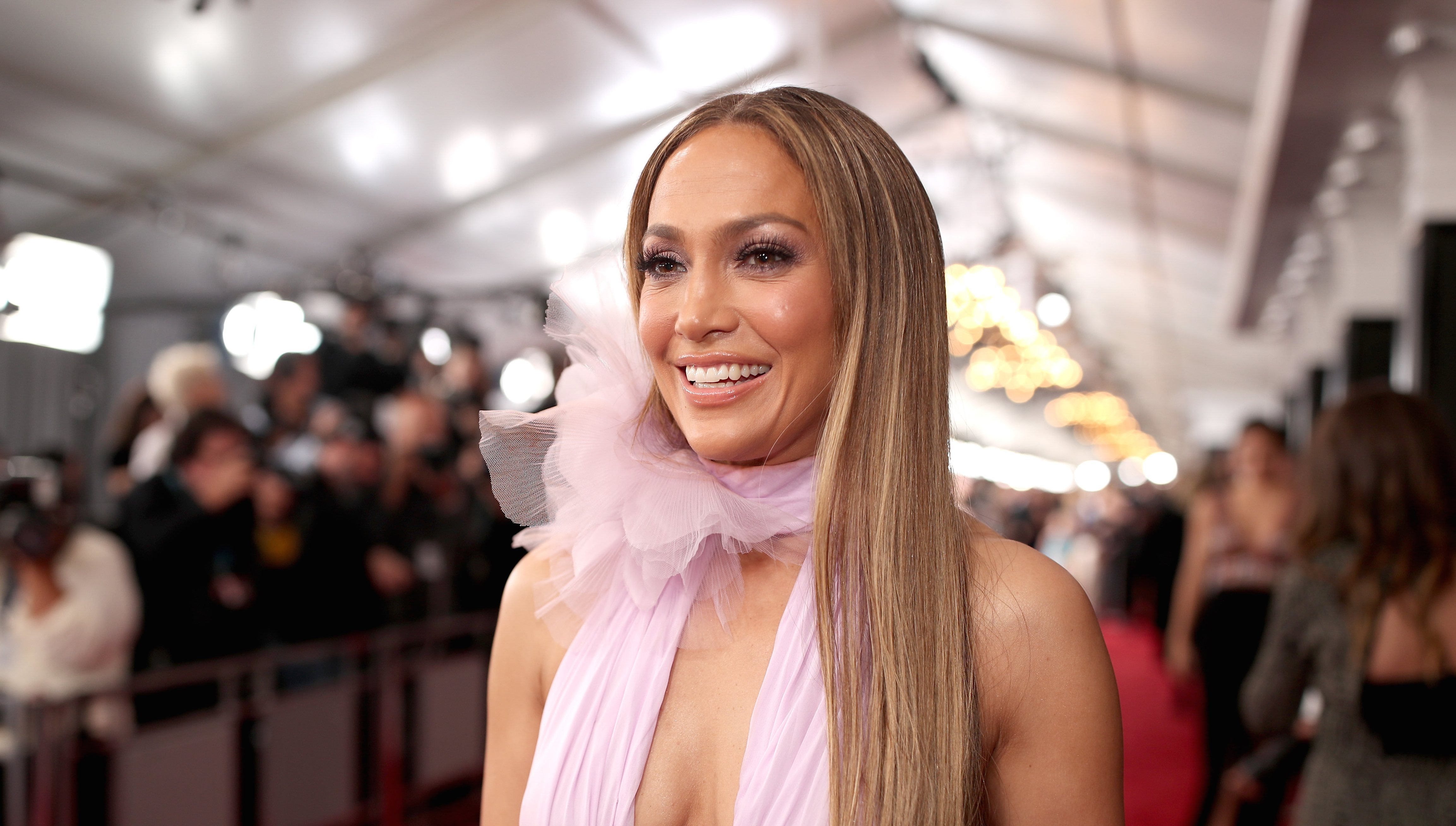 Jennifer Lopez Is Dropping a 70-piece Makeup Collection This Month