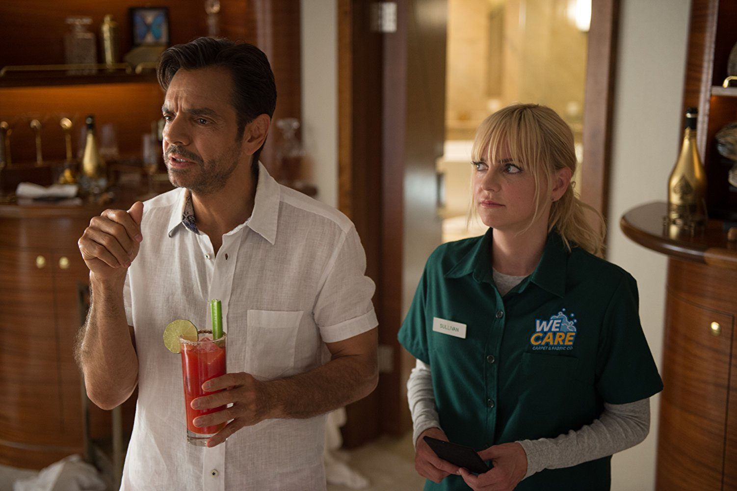 Here's How the Gender-Swapped 'Overboard' Remake Compares to the 1987 Original