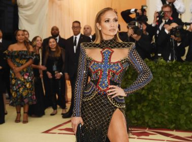 "Bronx Reinas J.Lo and Cardi B Finally Drop Their Trapchata Collab ""Dinero"""
