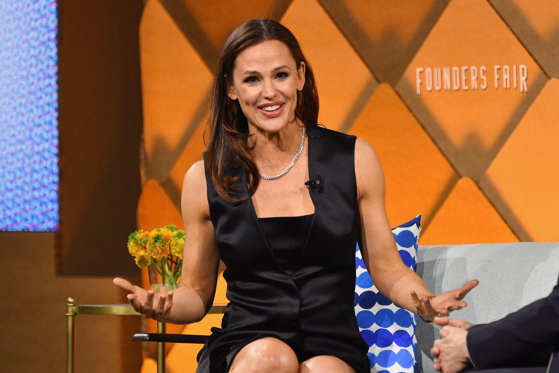 TRAILER: Jennifer Garner Is Kicking Ass in 'Peppermint,' But It's Another Lazy Cartel Movie