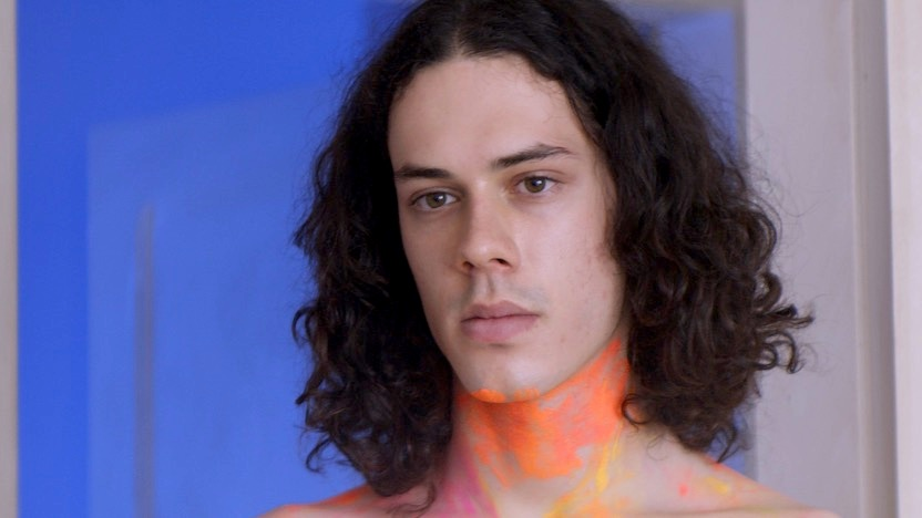 TRAILER: In This Brazilian Drama, a Young Man Leads a Double Life as an Online Sex Performer