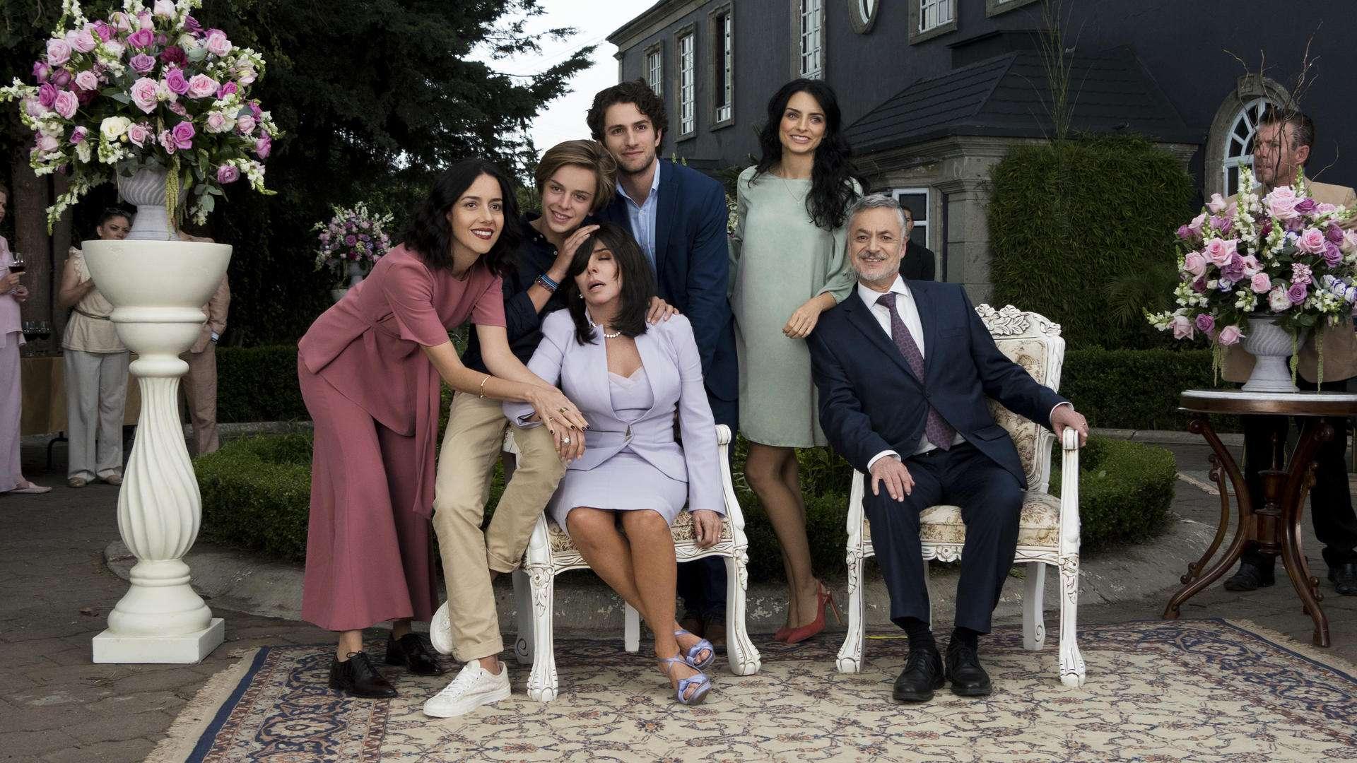 If Almodóvar Wrote a Mexican Telenovela, It Would be Netflix's New 'La Casa de las Flores'