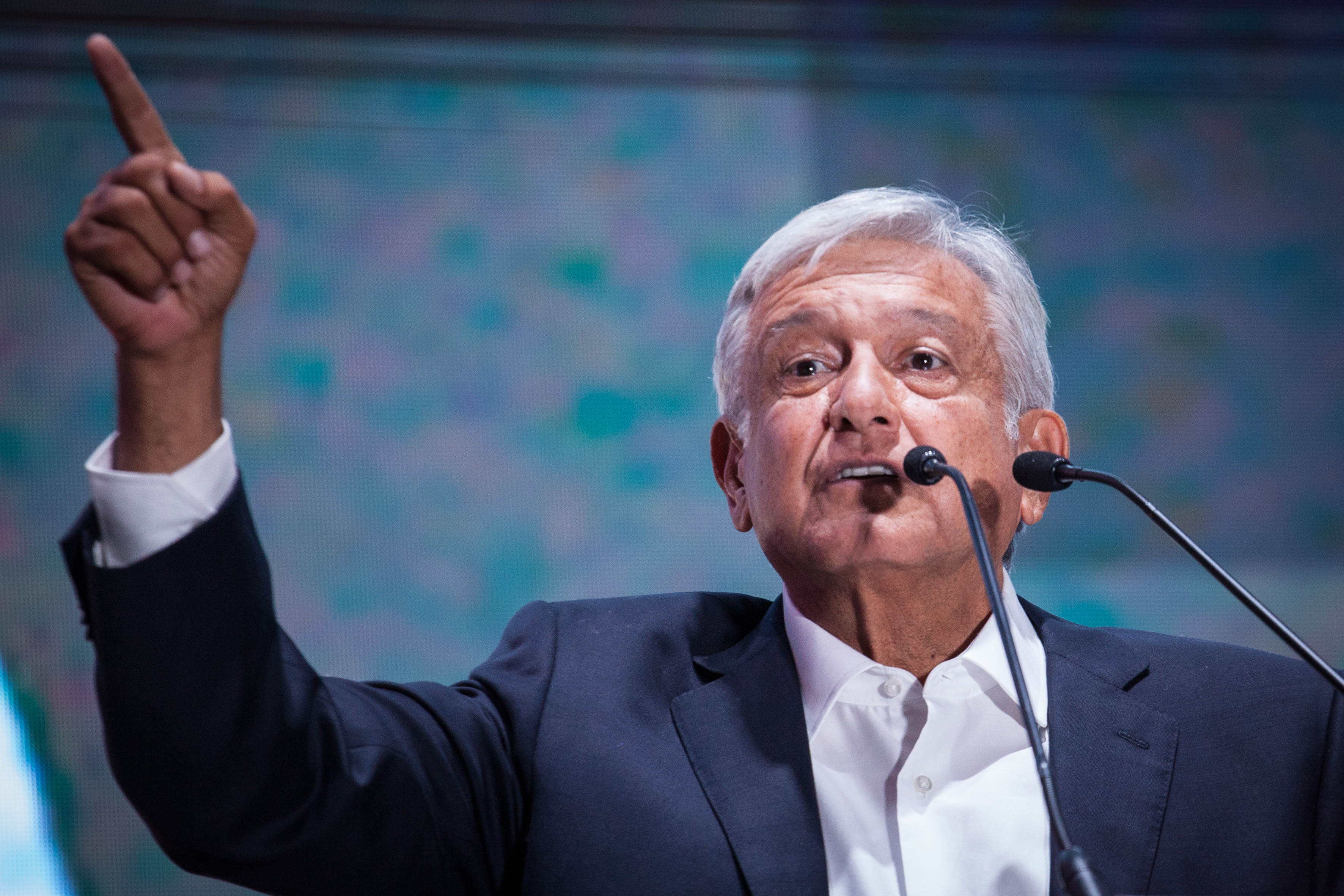After His Plane Was Grounded for 3 Hours, AMLO Says He Still Wouldn't Use the Presidential Jet