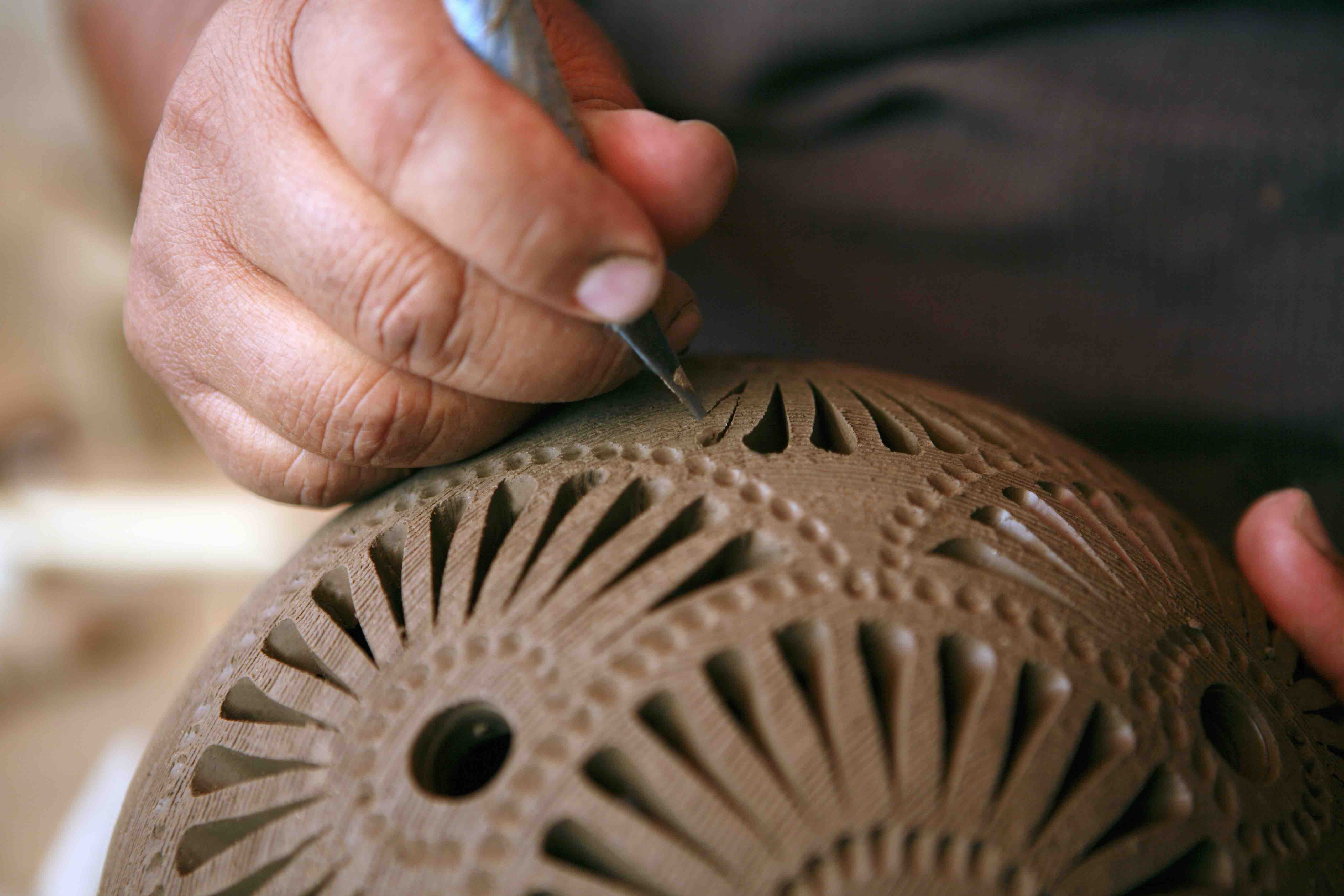 This Viral Video Will Make You Rethink Haggling With Artisans Over Prices