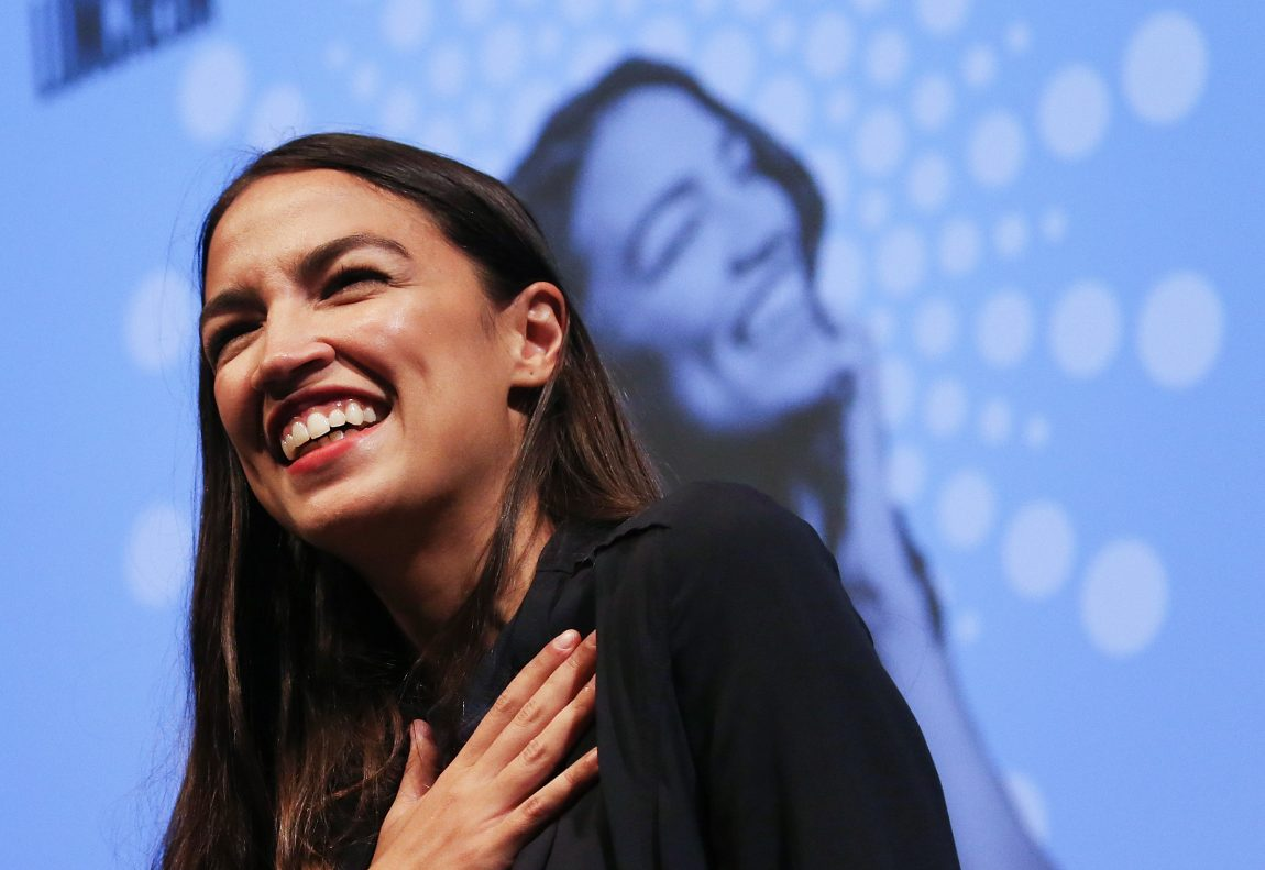 Ocasio-Cortez, Tlaib Added to Oversight Committee Before Cohen Hearing