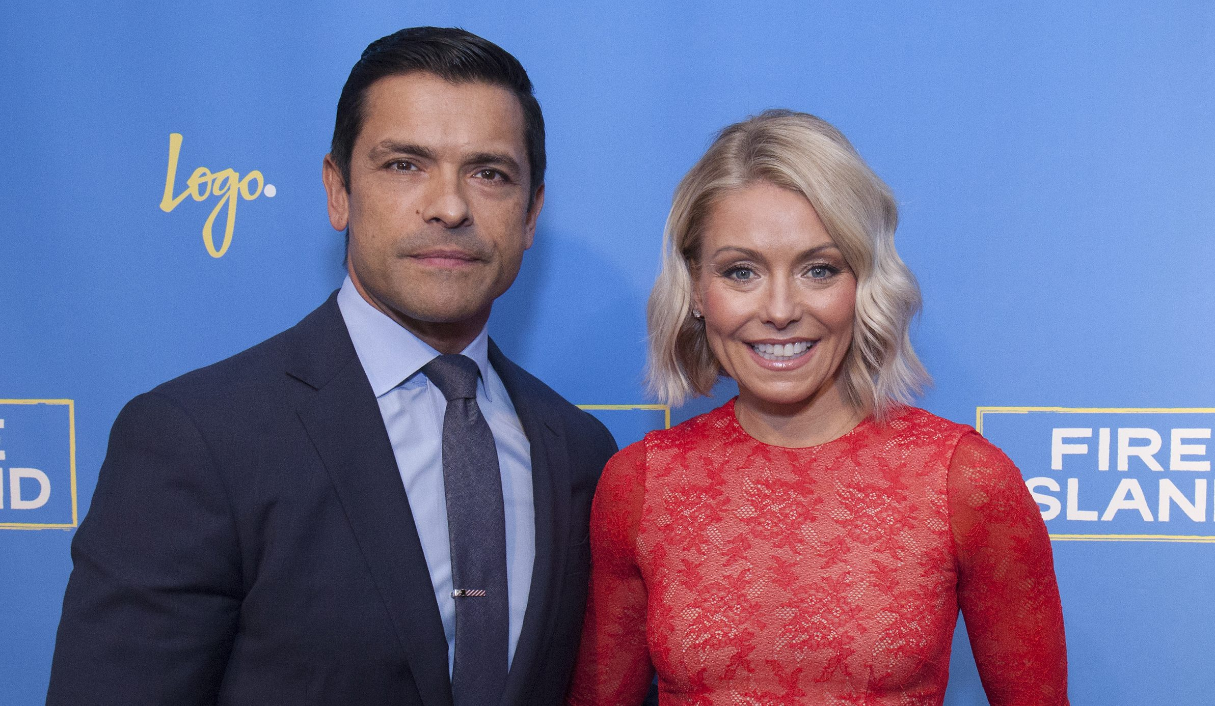 Mark Consuelos & Kelly Ripa Are Developing a Mexican-American Sitcom for ABC