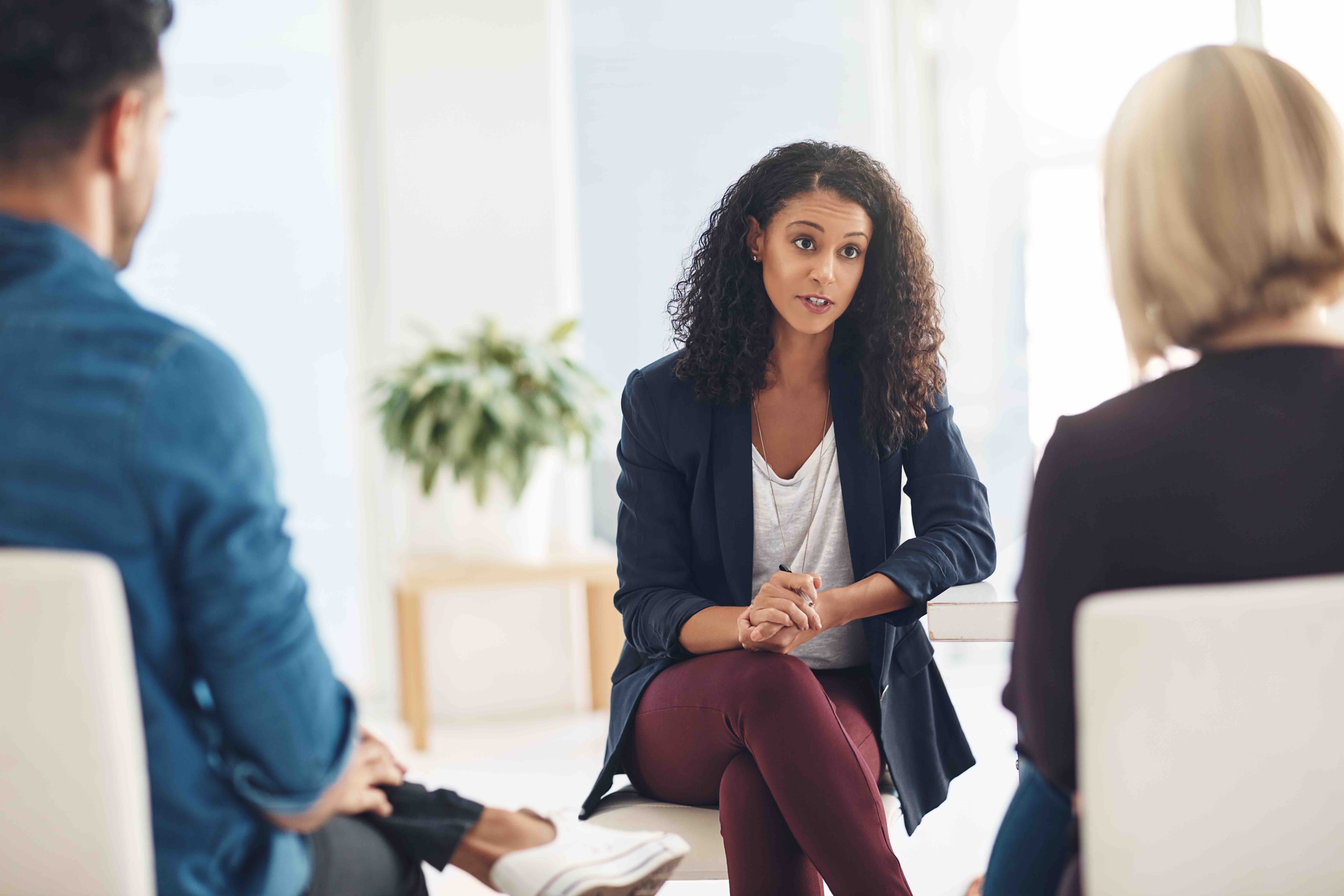 How to Find a Therapist and More Tips for Latinos Starting Their Mental Health Journey