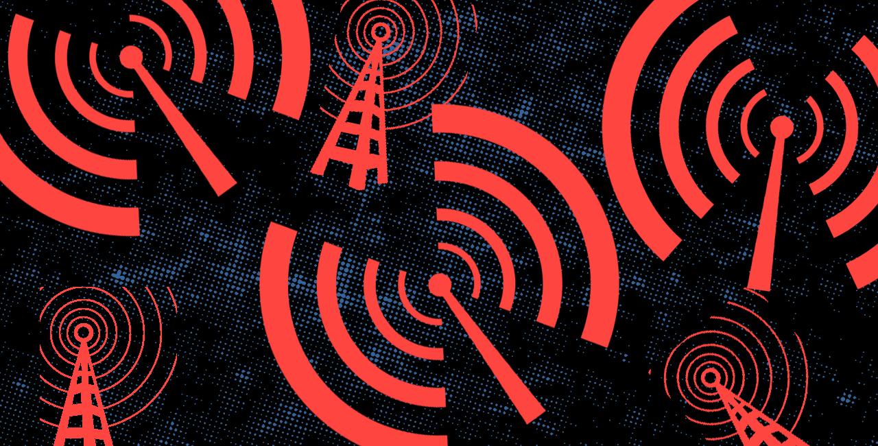 No Phones, No Power: How Boricuas Communicated When Puerto Rico Went Silent After María