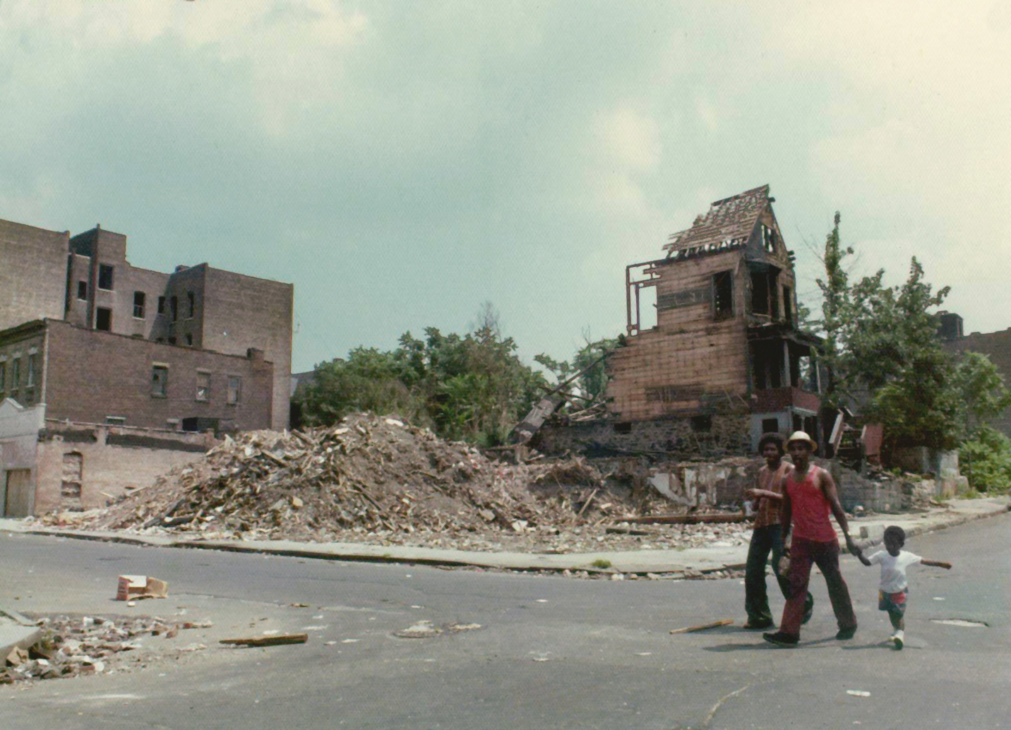 REVIEW: 'Decade of Fire' Is a Personal Look at the Bronx's Burning Buildings of the 1970s