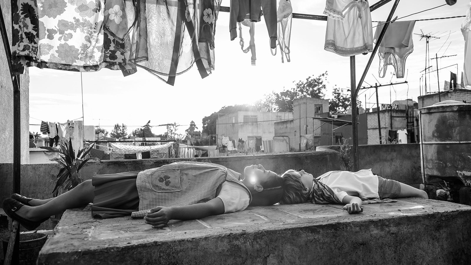 Actresses Yalitza Aparicio and Marina de Tavira on Embodying Alfonso Cuarón's Memories in 'Roma'