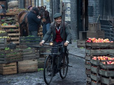 Lin-Manuel Miranda On How His Characters in 'Mary Poppins Returns' & 'In the Heights' Are the Same