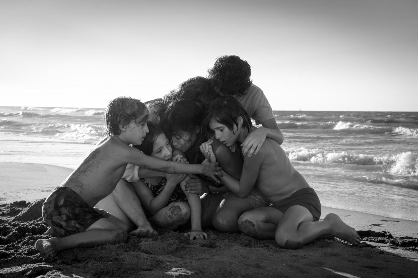 TRAILER: Alfonso Cuarón's Mexico City-Set Drama 'Roma' Is Coming Soon to a Theater Near You