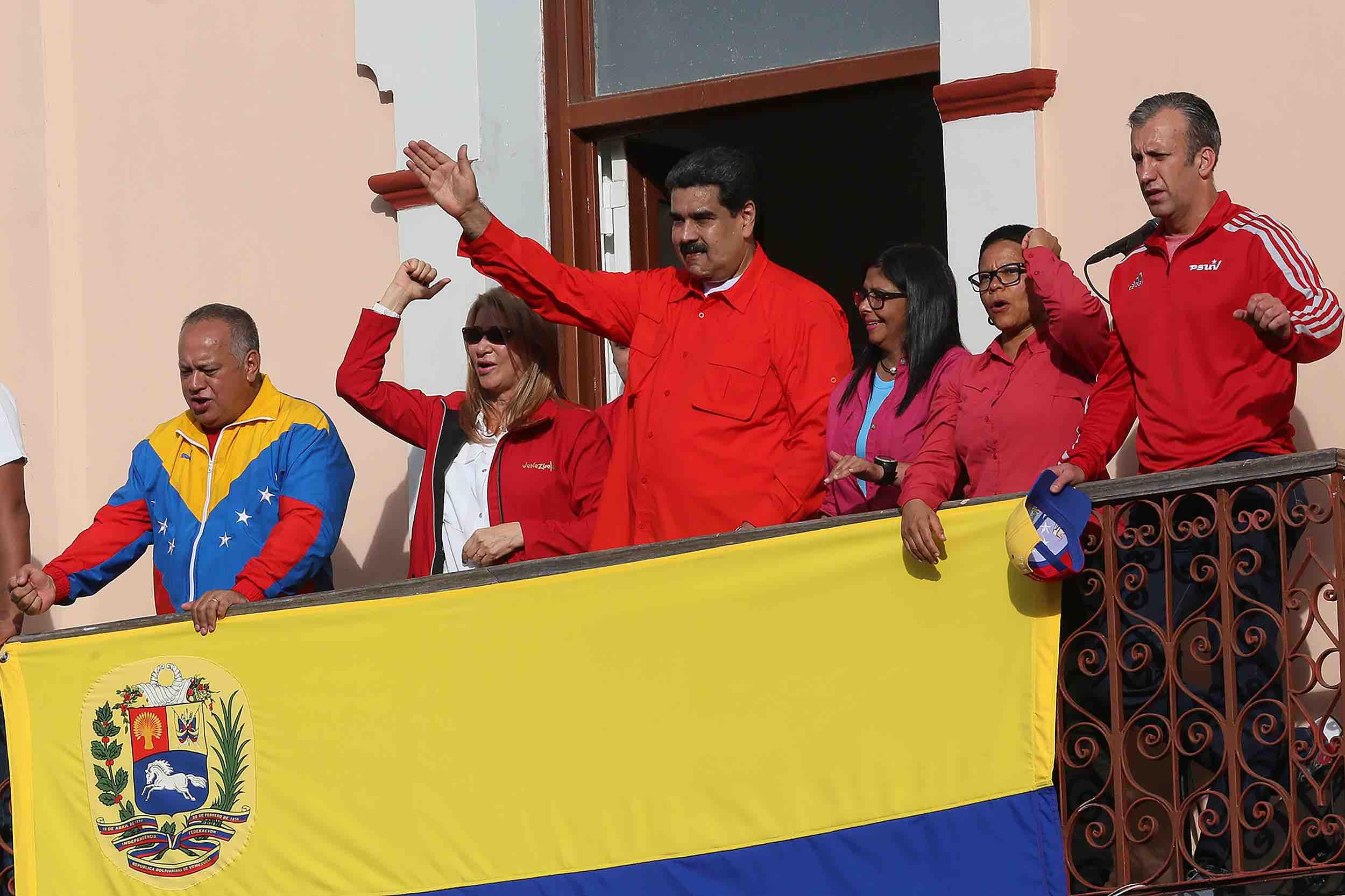 Here's What's Unfolding in Venezuela Since Juan Guaidó Declared Himself President