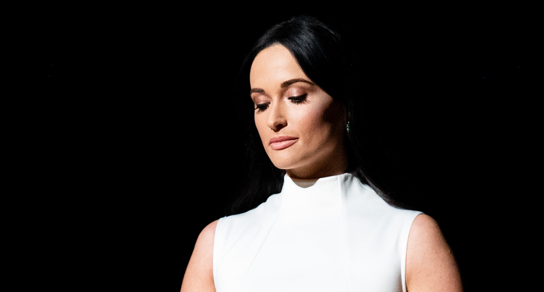 Kacey Musgraves Pays Tribute To Selena With Quot Como La Flor