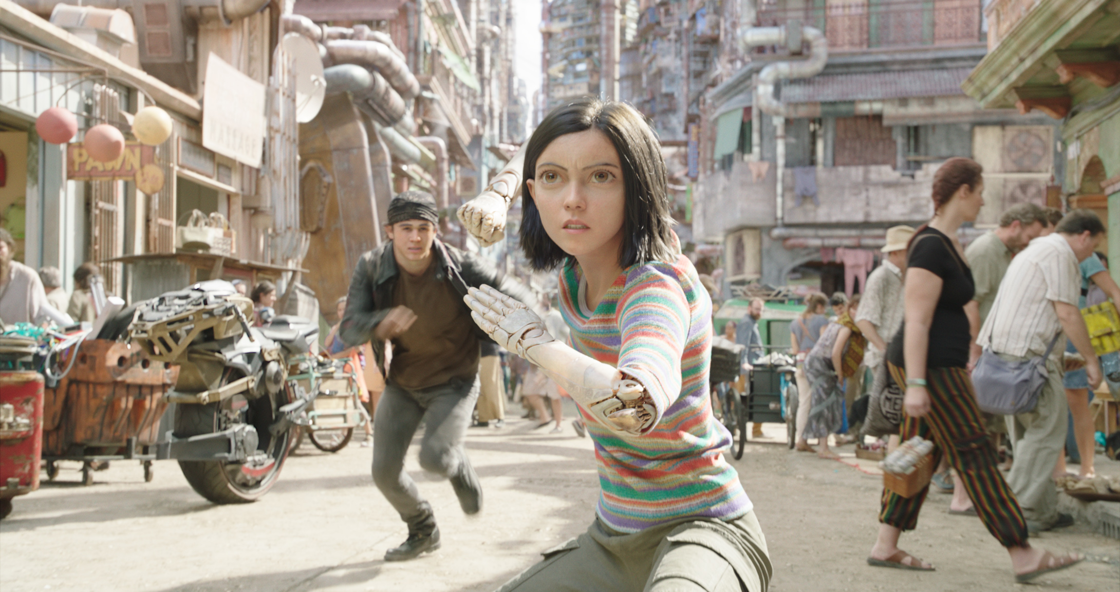 'Alita: Battle Angel's Rosa Salazar on Robert Rodriguez's Solid Track Record of Uplifting Latina Actresses