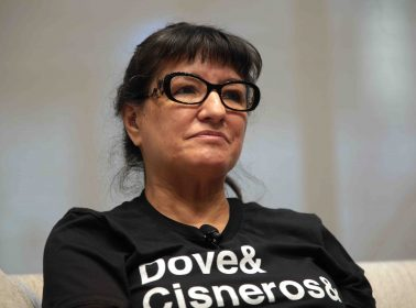"Sandra Cisneros Dedicated Her Prestigious PEN/Nabokov Award to ""All Divided by Borders"""