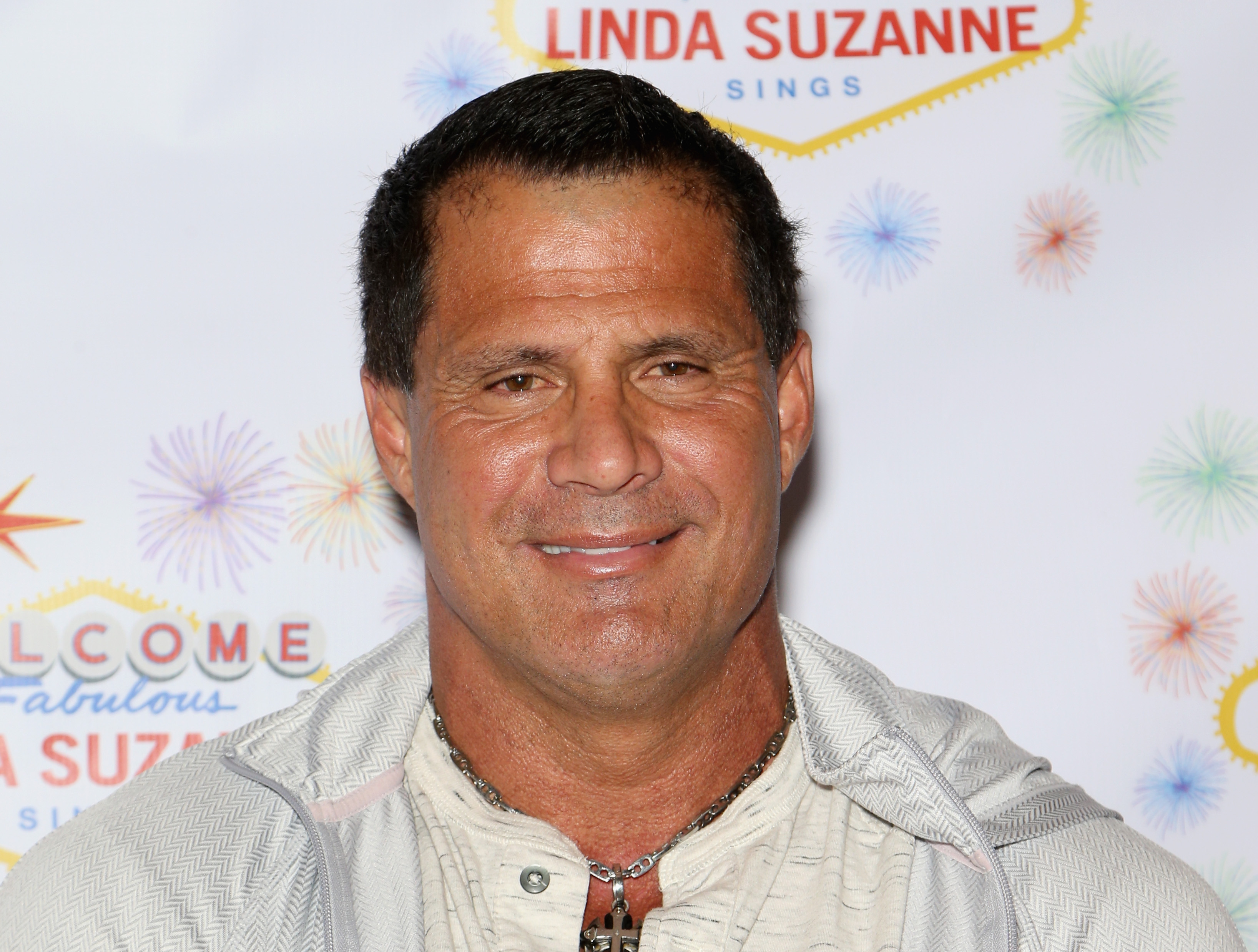 Jose Canseco Accuses Alex Rodriguez of Cheating on J Lo, Challenges Him to Boxing Match
