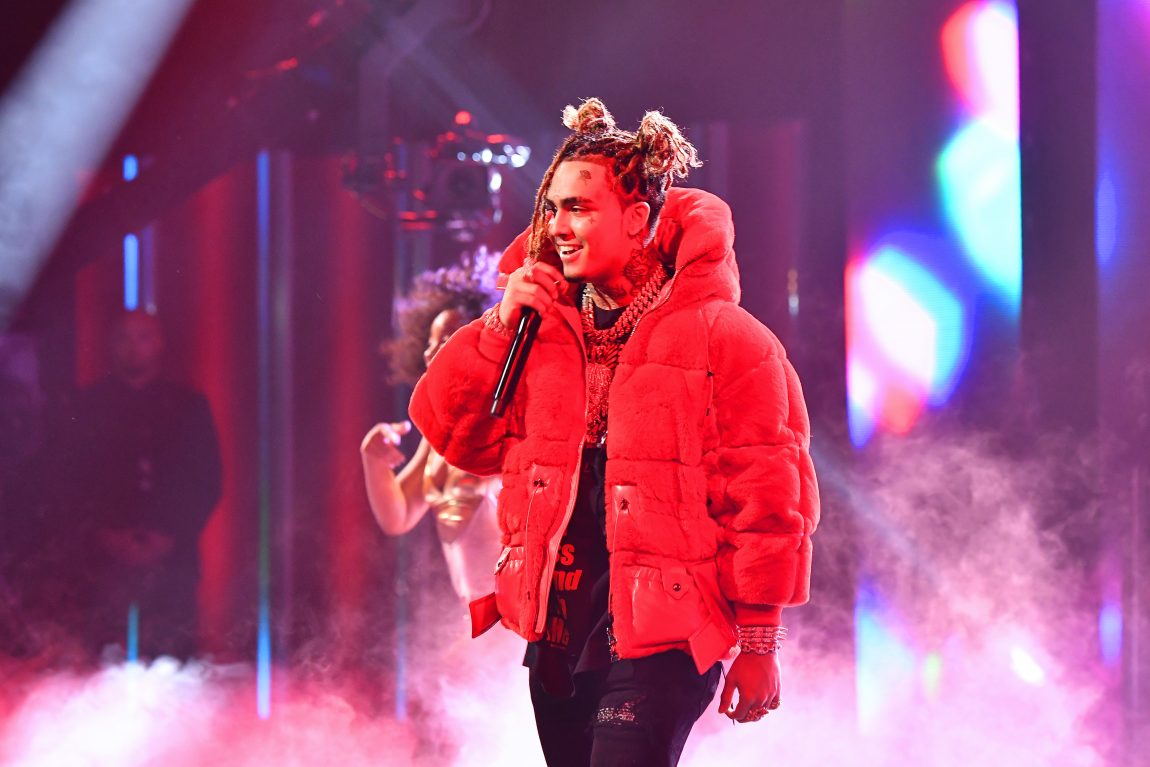 """08d37a96b Lil Pump Performed """"Gucci Gang"""" With Bad Bunny at the Miami Stop of His  'X100PRE' Tour"""
