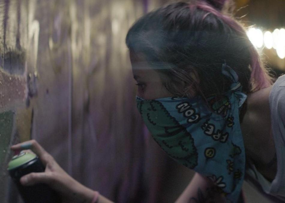 REVIEW: Set in Medellín, 'Los Días de la Ballena' Is a Tale of Love, Street Art & Teen Rebellion