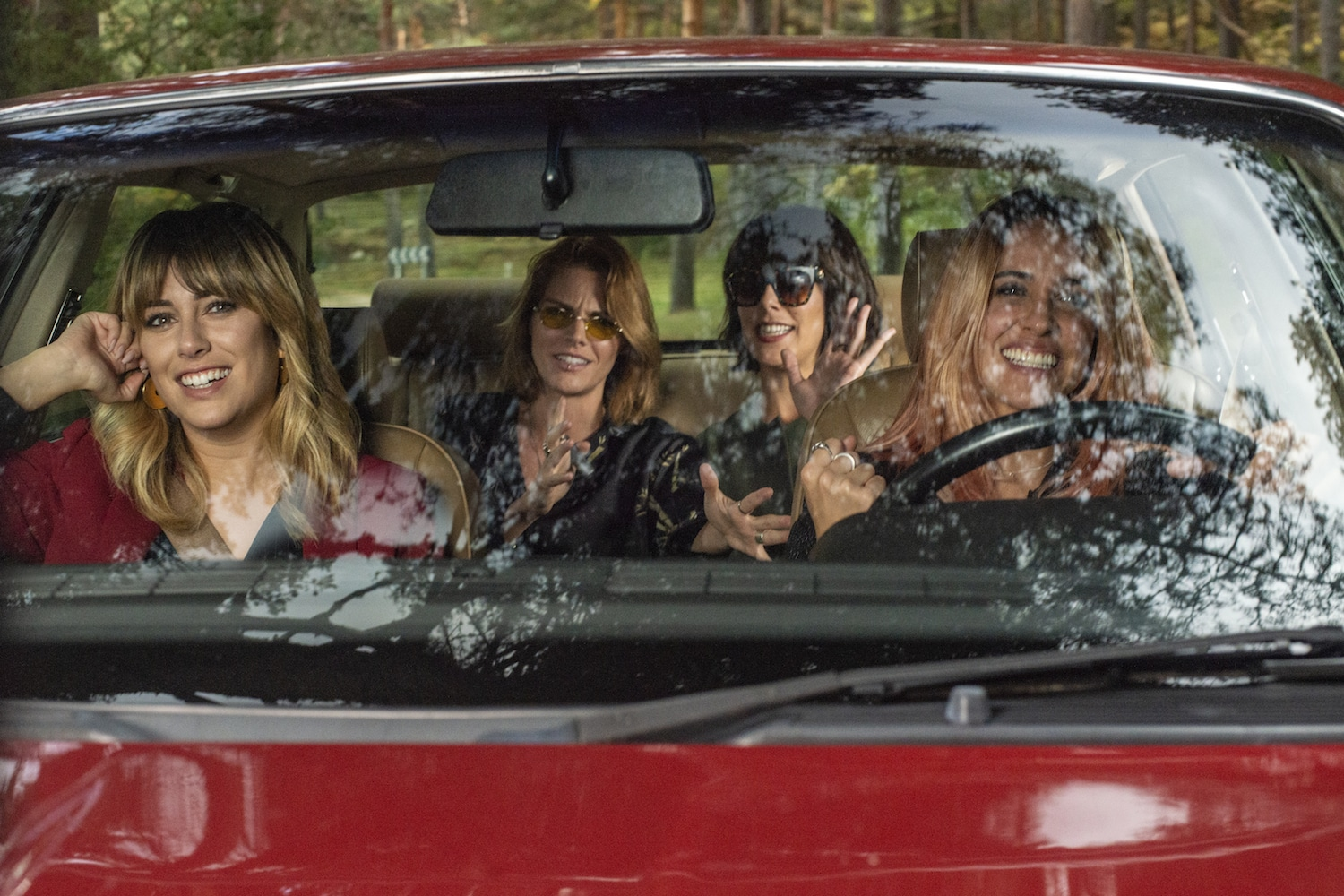 TRAILER: 'A Pesar de Todo' Is a Road Trip Comedy About Sisters Searching for Their Biological Dads