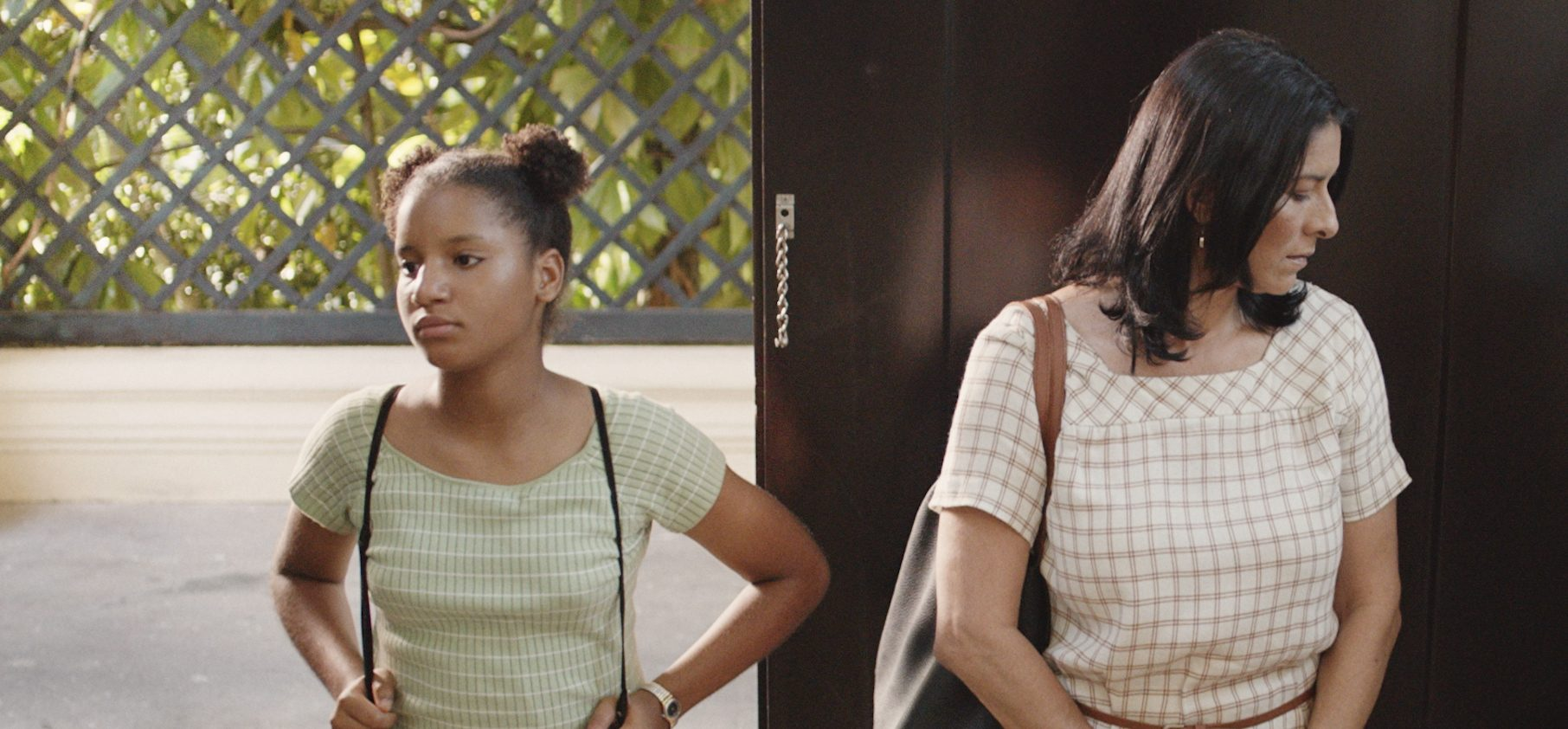REVIEW: Coming-of-Age Story 'Miriam Miente' Shows the Impact of Colorism in the Dominican Republic